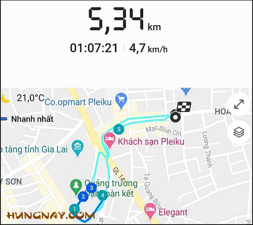 tôi đi bộ 5 - 7km mỗi sáng